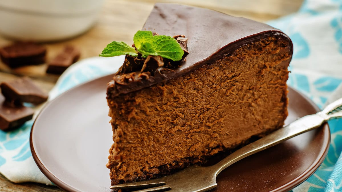 Chocolate-cake with dark chocolate glaze
